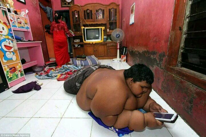 Fattest 10 Year Old Child In The World Weighing 192 Kg (3)