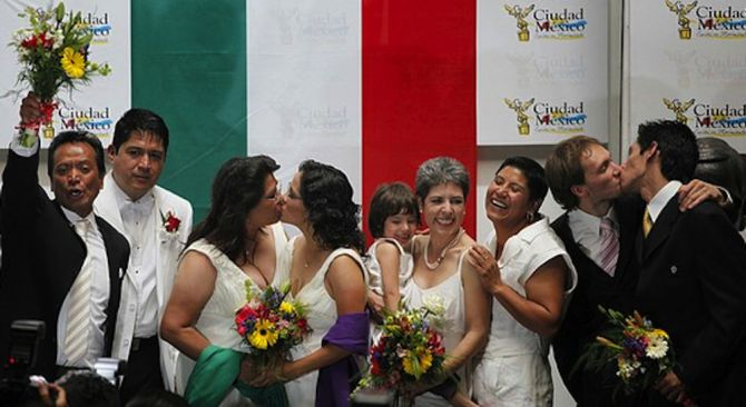 Supereme Court of Mexico Approves Same-Gender Marriage